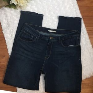 Levi's Mid Rise Skinny Jeans Size 32